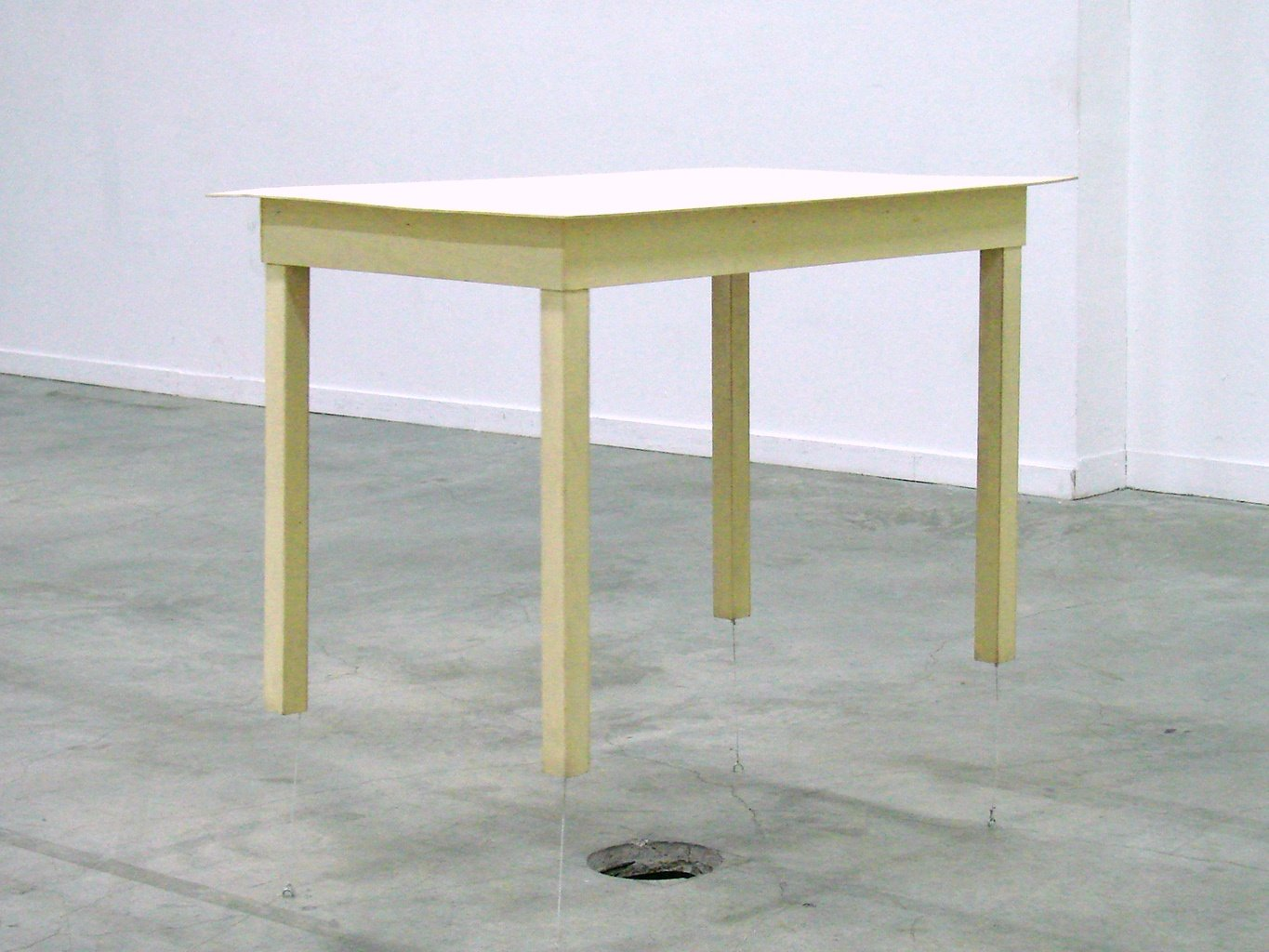 Table de Roman Signe / flickr / cc by Jean-Pierre Dalbéra